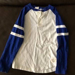 Boys Gap Baseball Tee - sz S (6-7)